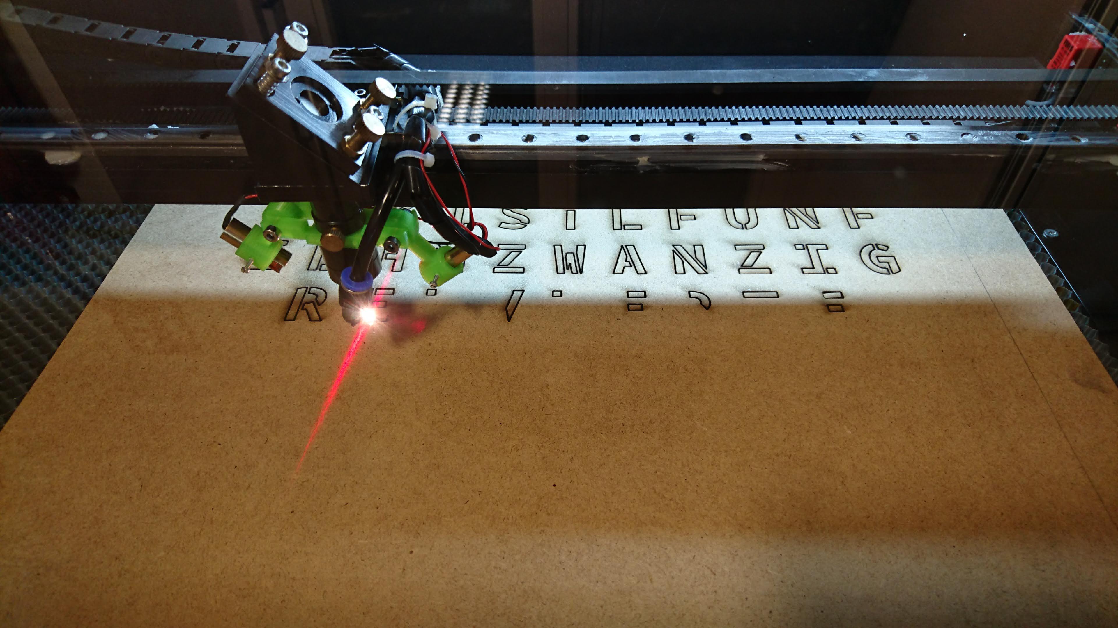 MDF-Schnitt mit dem Lasercutter